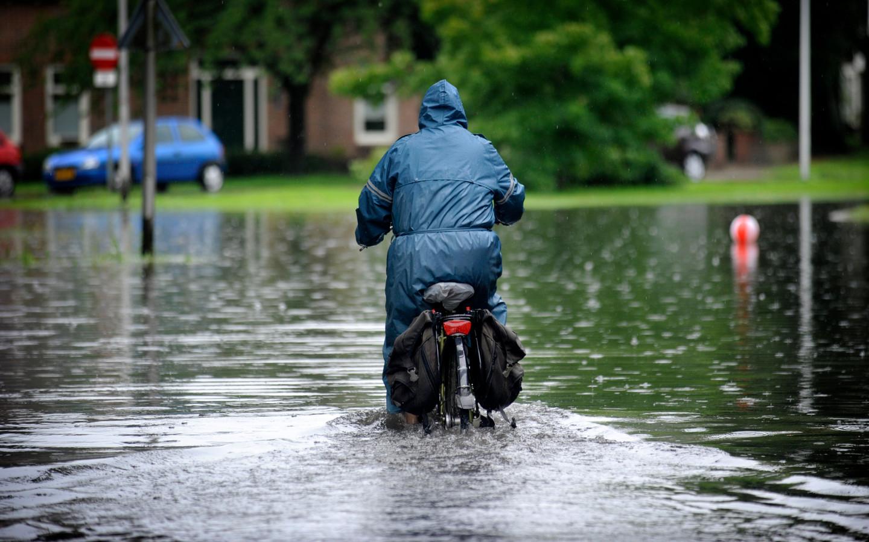 Wateroverlast in Hengelo.