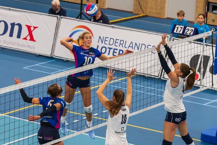 """Jolien Knollema in actie namens Eurosped in de finale tegen Sliedrecht Sport. """"We wilden er niet met 3-0 af gaan. Sliedrecht moest er wel voor vechten"""
