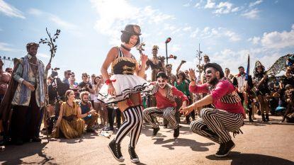 """Onze redactrice undercover in de Tomorrowland-parade: """"Het showbeest in mij gaat helemaal los"""""""