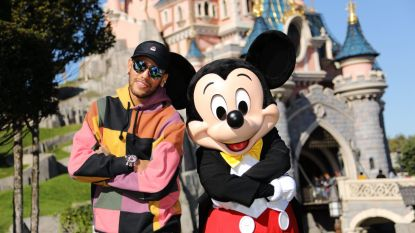 Neymar viert verjaardag Mickey Mouse in Disneyland Paris