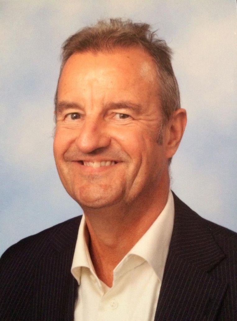 Jan Paul Beekman, rector van het Spinoza Lyceum in Amsterdam Zuid, dat voor de herfstvakantie een week volledig digitaal les gaf in de hoop corona uit school te krijgen. Beeld