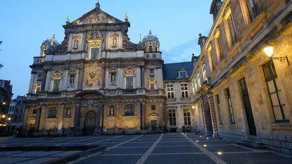Nieuwe verlichting voor Carolus Borromeus