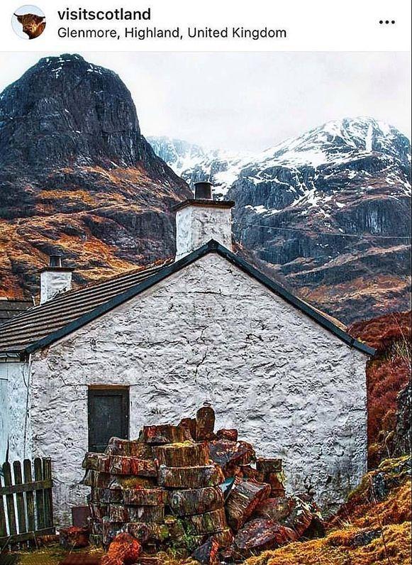 Het huisje van wijlen pedofiel Jimmy Savile maakt van de promofoto voor Schotland een wel heel beladen beeld.