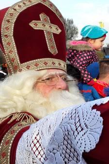 Cabrio laat Sinterklaas in Moergestel in de steek