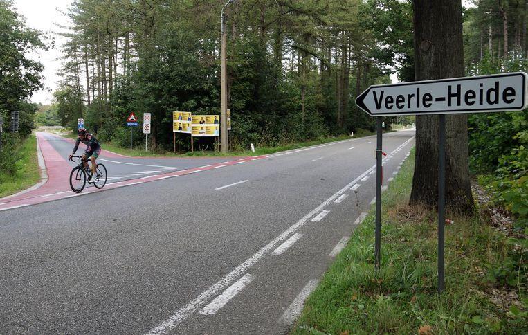 Ook het kruispunt van de Lakstraat met de Averboodse Baan wordt binnenkort veiliger gemaakt voor fietsers.