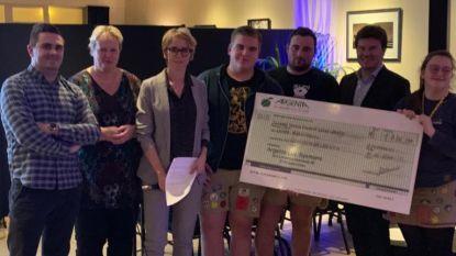 GemeenteBelangen schenkt cheque van 1.736 euro aan Chiro Rijkevorsel