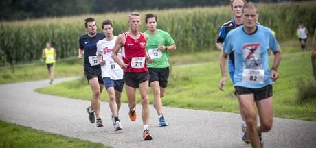 Arnold Klieverik slaat zijn slag in Kemveldloop in Tilligte
