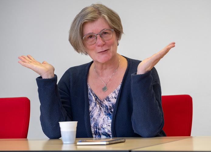 """Wethouder Carla Doorn: ,,Wie zorg nodig heeft, moet die krijgen, maar we moeten vooral de instroom naar zware en dure zorg beperken."""""""