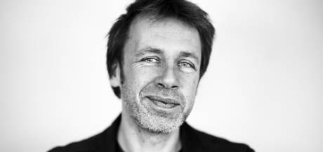 Ingmar kreeg als nerveuze puber een stuk historisch glas van Jan Wolkers in zijn handen geduwd