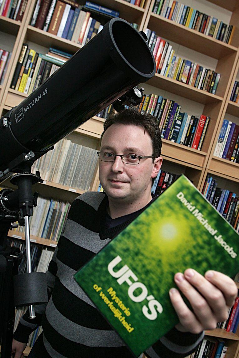Frederick Delaere onderzoekt al sinds 2007 UFO's.