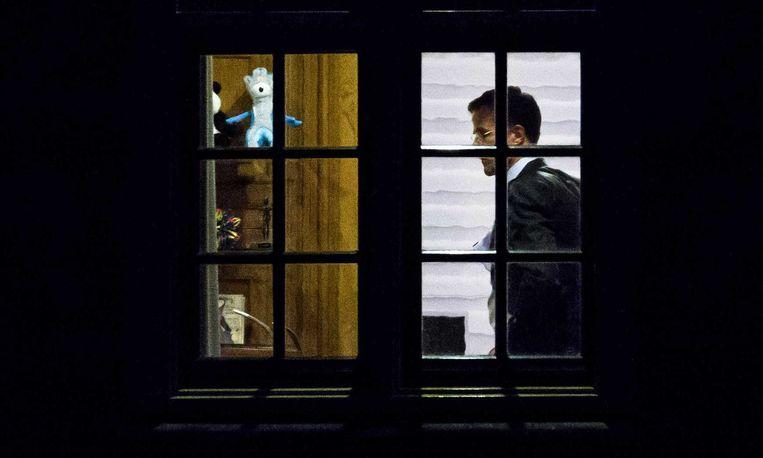 Premier Mark Rutte in het Torentje op de avond van het referendum. Beeld null