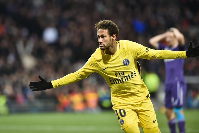 Neymar juicht.