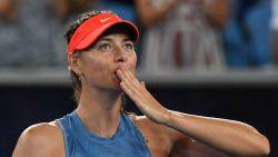 Sharapova trakteert zichzelf op duel met Wozniacki - Nadal en Federer ronde verder zonder setverlies