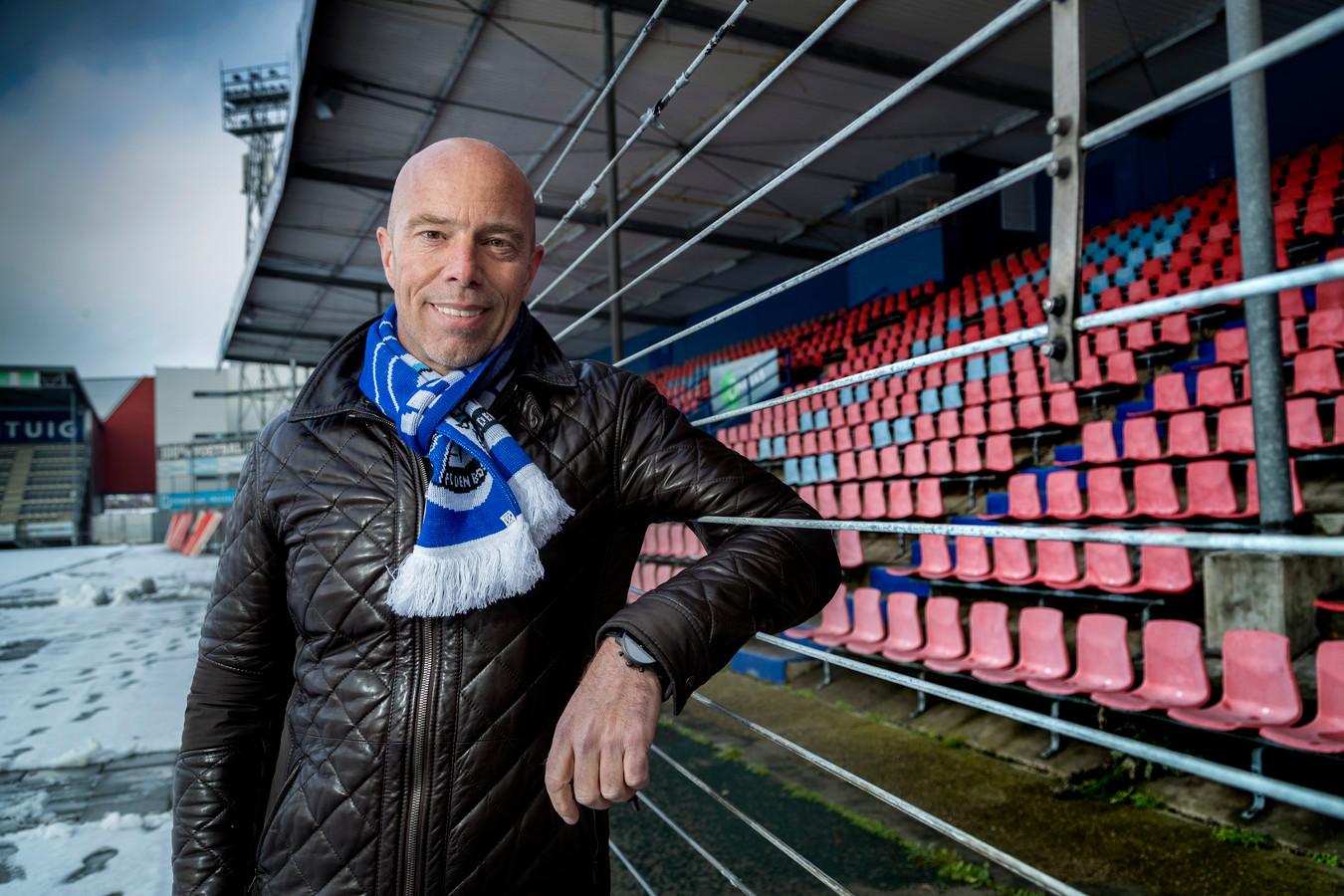 FC Den Bosch-voorzitter Jan-Hein Schouten, hier op een winters archiefbeeld, in stadion De Vliert.