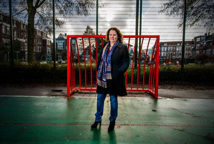 Margriet Maris, voorzitter van de Landelijke Vereniging van Vertrouwenspersonen uit Nijkerk. Er moet een externe, onafhankelijke vertrouwenspersoon komen bij iedere gemeente.