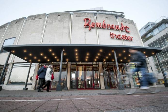 Het monumentale Rembrandt Theater aan het Velperplein in Arnhem. Foto: Gerard Burgers