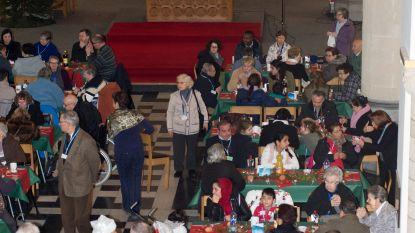 Kamiano geeft mensen in nood warme kerst