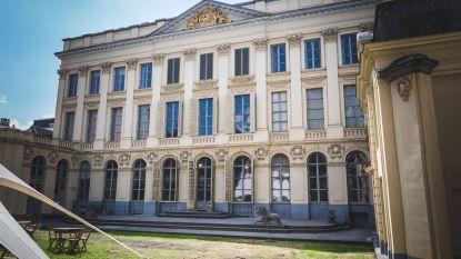 IN BEELD: Binnenkijken achter de gevel van Hotel D'Hane Steenhuyse.