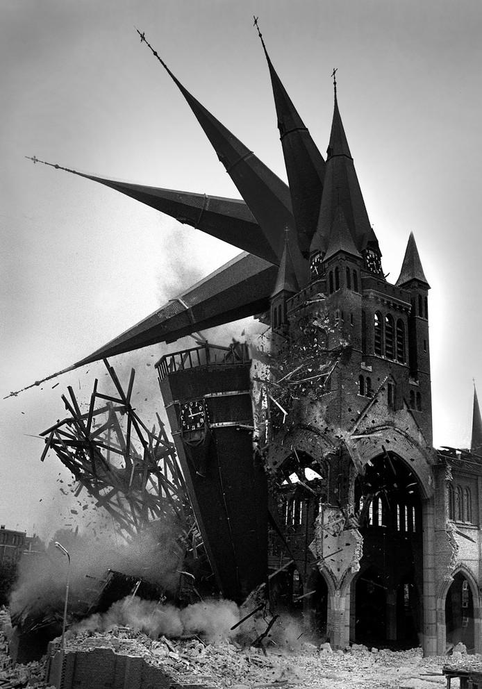 De Antoniuskerk in Roosendaal wordt afgebroken.