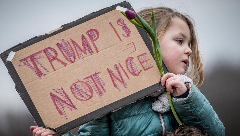 Een meisje tijdens de demonstratie op het Malieveld. Beeld Freek van den Bergh/de Volkskrant
