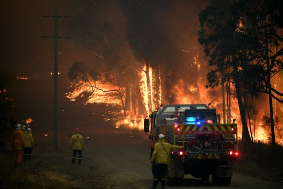 De Australische brandweer probeert ook vandaag weer te doen wat het kan.