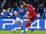 Napoli knokt zich in slotfase langs Liverpool