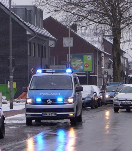 Politieheli boven Glanerbrug speurt naar ontsnapte man (48)
