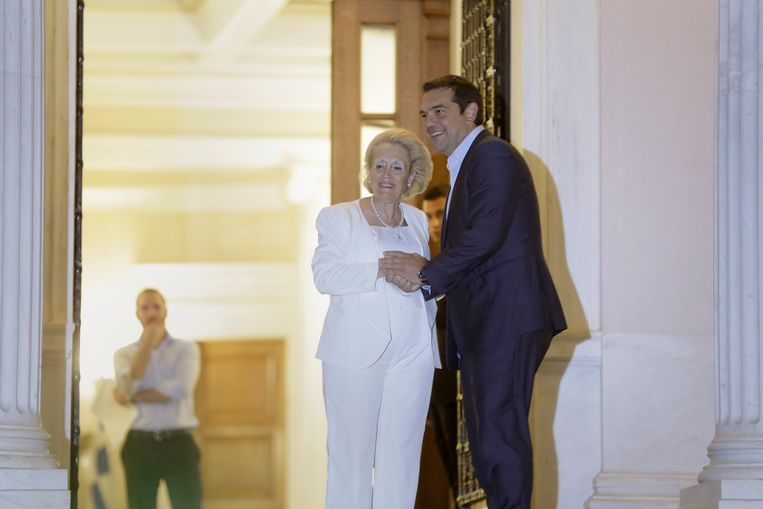 Voormalig premier Tsipras moest vanavond afscheid nemen van zijn ambtswoning in Athene.