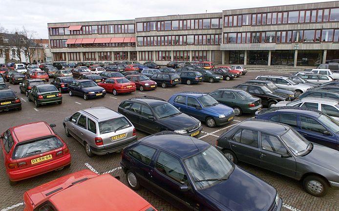 Met het parkeerterrein op het Molkenboer en dat aan de Vestingstraat is de Ganzenmarkt aangewezen als een plek waar met name bezoekers van de binnenstad hun auto kunnen stallen.