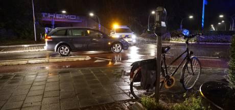 Fietsster gewond bij aanrijding op rotonde Noorderplein in Deventer