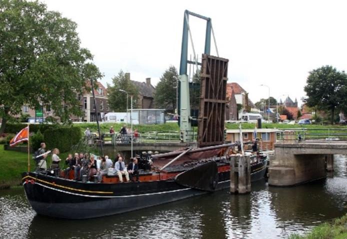 De Hoenwaardse brug bij Hattem.