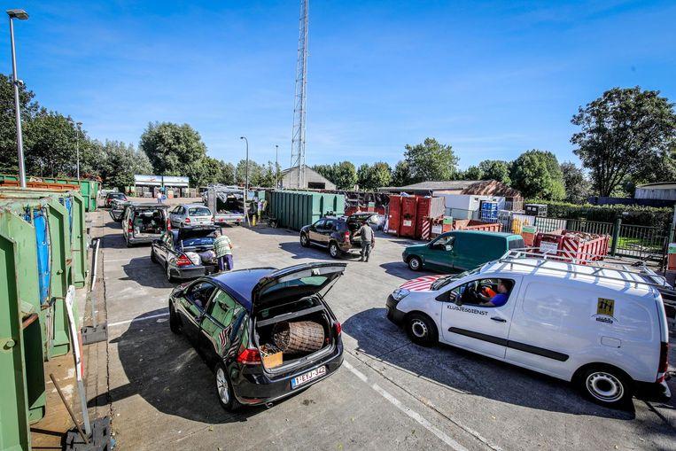 Een van de acties in het kader van de Warmste Week vindt op het containerpark plaats.