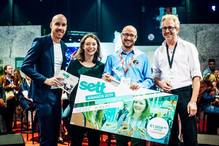 WeZooz Academy mocht de award in ontvangst nemen op de SETT-beurs in Flanders Expo.