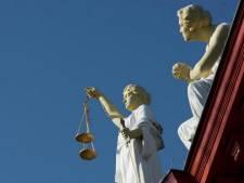 Justitie wil vrouwenhandelaar voor vier jaar achter de tralies