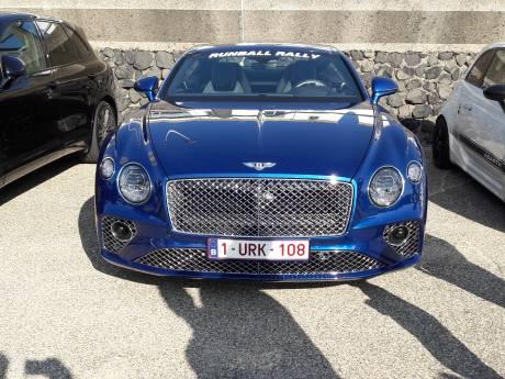 Autotuners en rijkaards tonen hun trots; van Golfjes tot Lamborghini