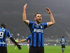 De Vrij en Lukaku bezorgen Inter de zege in hete derby tegen AC Milan