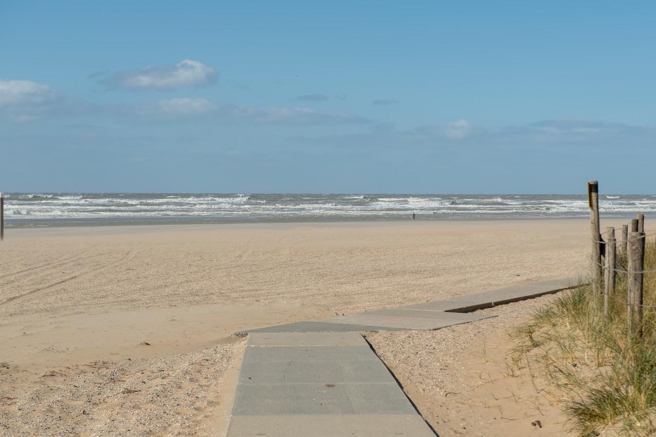 Afgelopen weekeinde waren de stranden verlaten na een uitdrukkelijke oproep om thuis te blijven.