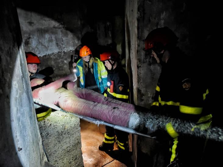 Man zit klem in de ondergrondse gangen van KVL: oefenstuk voor de brandweer van Oisterwijk