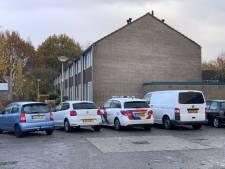 Overleden persoon in Almelose woning stierf natuurlijke dood, onderzoek afgerond