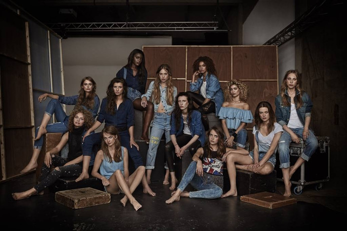 De 12 modellen van HNTM 2016. foto Alek lek Bruessing