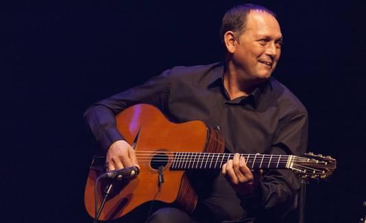Stochelo Rosenberg trad zondag op tijdens de Sena Performers Gitaardag.