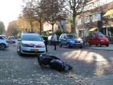 Bestuurder van auto zoek na aanrijding met scooter in Arnhem