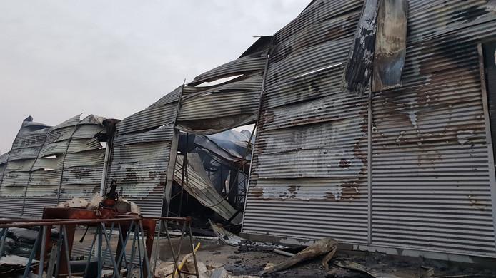 Er is flinke schade na de brand op het industrieterrein aan de Rouwenboschweg