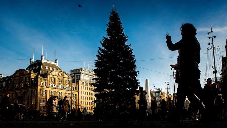 De kerstboom staat nog op de Dam tot acht januari Beeld anp