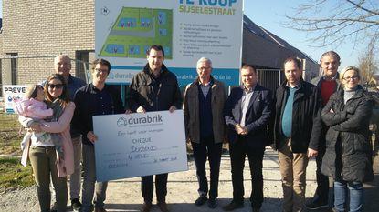 Durabrik schenkt 1.000 euro aan vzw 4Veld