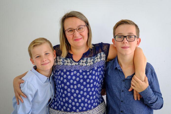 Julie Meunier avec ses deux enfants: Alexis et Mathéo