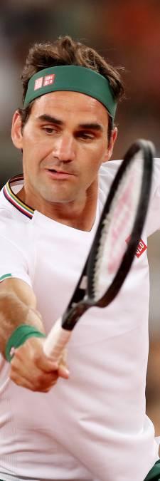 Federer traint beperkt maar pijnvrij: 'Pas meedoen aan toernooien als ik 100 procent fit ben'