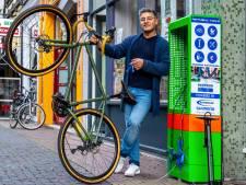 Deze uitvinding van fietsenmaker Amin (42) is een gift aan Utrecht: 'Een verdienmodel? Dat is er niet'