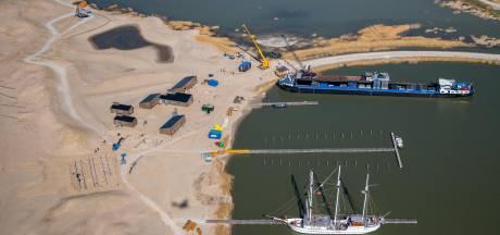 Op het nieuwste stukje Nederland verrijst een nederzetting, 'dorpje' Marker Wadden opent in juni