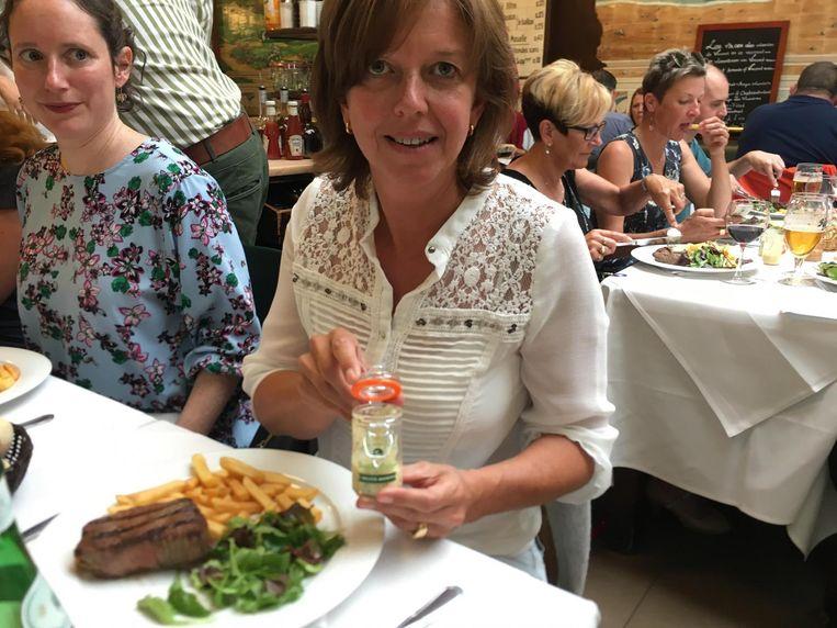 Brigitte bedacht haar eigen Mojito-mayonaise.